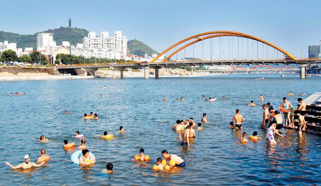 高手机最快现场开奖168温天气仍将持续 市民注意防暑降温香港最快开奖直播开奖记